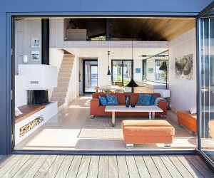 stfold Cabin: Cozy Norwegian Retreat on the Sea Edge