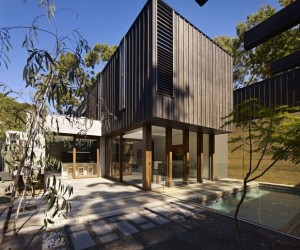Striking Timber-Clad Australian archictecture