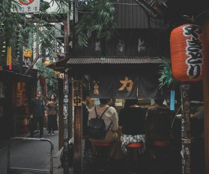 Stunning and Cinematic Street Photography in Japan by Hiro Goto