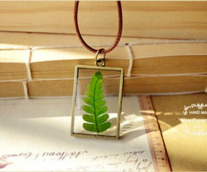 Stunning DIY Botanical Jewelry