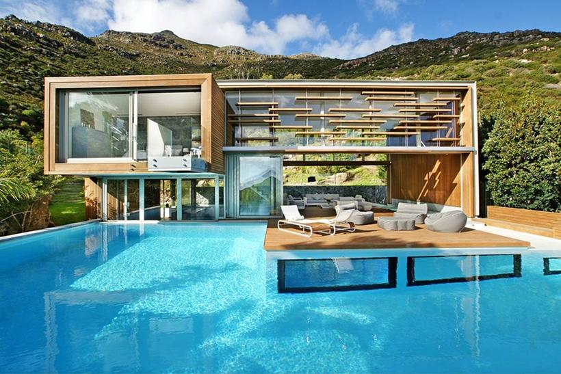 Stunning Modern Pool House Near Cape Town