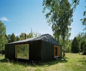Summer House Söderöra by Tham & Videgård Arkitekter