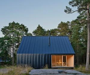 Summerhouse Husar by Tham  Videgrd Arkitekter
