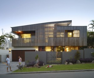 Sunshine Beach House  eclectic architectural expression