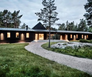 Swedish Summer House Combines Japanese Simplicity with Scandinavian Cottage Traditions