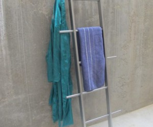 TB.15 Clothes ladder In Stainless Steel With Oak Finish By Tidyboy