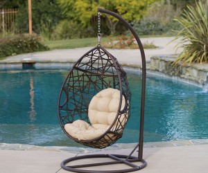 Tear Drop Swinging Wicker Chair