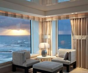 Tel Aviv Apartment Brings Together Sand, Sea And Sensational Views