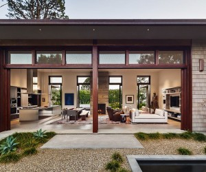 Thayer Residence: Breezy Santa Barbara Home Sheds Spotlight on a Stunning Courtyard