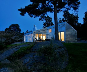 MUST SEE | The Aluminum Cabin by JVA