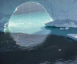 The Arctic Melt: Diane Tuft Documents The Antarctica Area
