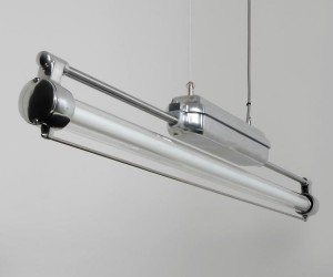 The DDR Strip - Industrial fluorescent light