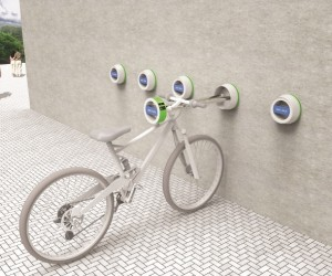 The Halla Wall-Hanger: Outdoor Bike Mount