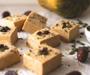 These 15 Vegan Pumpkin Pie Recipes Will Revamp Your Holiday Season