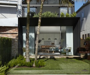 This Neglected Post-War Bondi House Gets a Modern makeover with Roof Garden