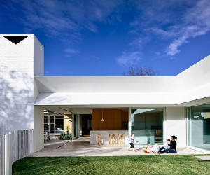 This Post-War House in Melbourne Gets a Cheerful, Modern Makeover