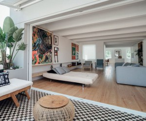 This Radiant Makeover of 1930s Lisbon Apartment Relies on White and Light