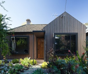 This Revived Victorian Cottage with a Rear Addition is Full of Light and Modernity