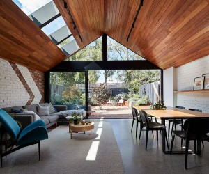 This Weatherboard Workers Cottage in Melbourne Gets a Stunning New Extension