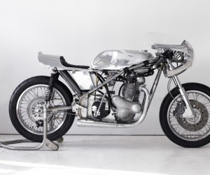Time Lapse Custom Vintage Racing Motorcycle by Sebastian Errazuriz