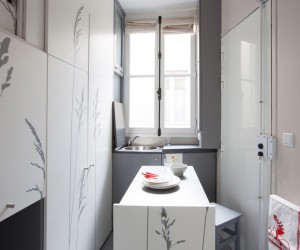 Tiny 8 sqm apartment in Paris by Kitoko Studio