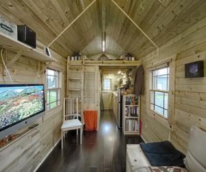 Tiny Tack Residence