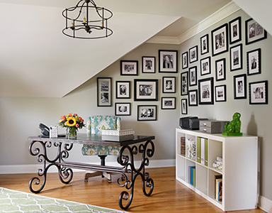 Top Interior Design Experts Reveal The Best Way to Display Art In ...