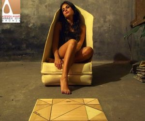 Transformable Fractal floor seat adjusts to all body positions and heights