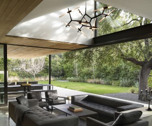 Tree House: Gorgeous Home Engulfed in Green and Zinc