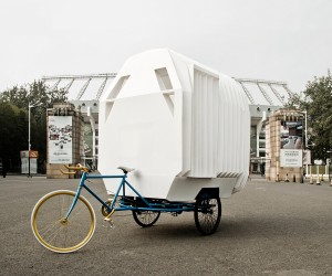 Tricycle House by PAO  PIDO