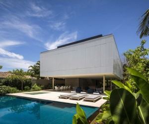 Tropical Minimalist House