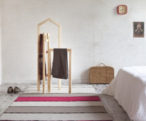 Tusciao valet stand inspired by traditional Italian architecture
