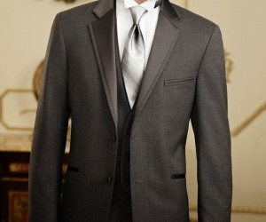 Tuxedo vs. Suit: Know The Difference and Choose Wisely