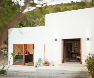Unwinding in Ibiza: Serene and Stylish Escape Bridges Contrasting Eras