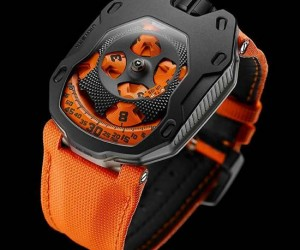 Urwerk UR-105 TA Turbine Automatic Knight Watches