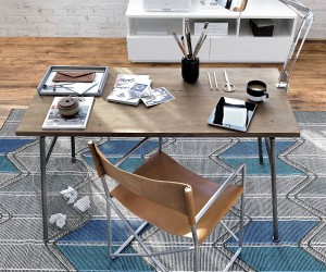 Useful Desk Accessories for the Modern Office
