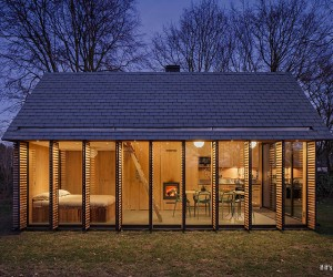 Utrecht Cabin by Zecc Architects and Roel van Norel