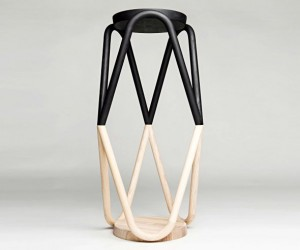 Vava: The Zigzag Stool