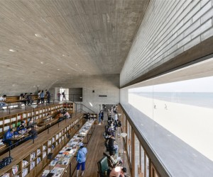 Vector Architects Designs A Seaside Library In China