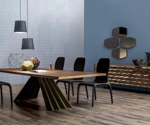 Ventaglio Table from Bijan Interiors