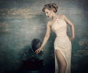 Vintage Style Portrait Photography by Sarah Troster
