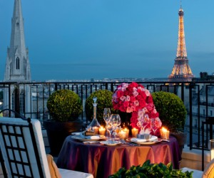 Visit The 10 Most Luxurious Hotels in 21 Days For 585k