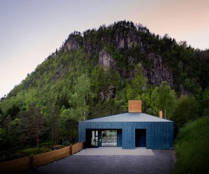 Visitor Center Designed by the Firm Review  Drage in Oslo