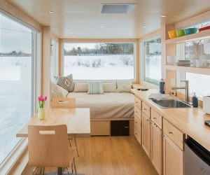 Vista: 160-Square-Foot Tiny Home Provides an Adaptable Personalized Escape