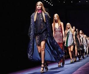 Watch Versace Womens Spring Summer 2017 Show