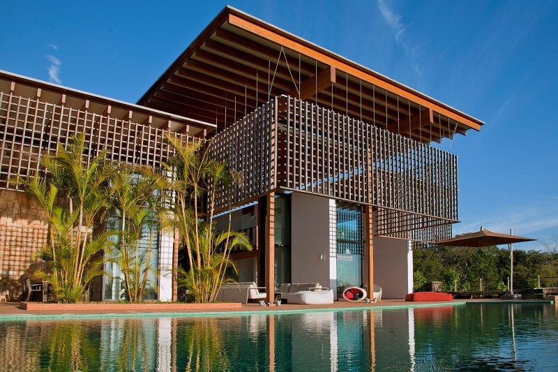 Weekend House With Contemporary Design Placed In The Brazilian Atlantic  Forest