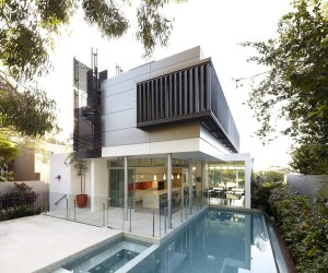Wentworth Road House in Sydney by Edward Szewczyk Architects