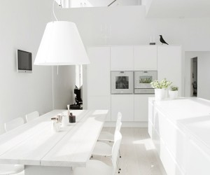 White in White Villa by Mikkel Westfall