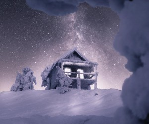 Winter Wonderland: Magnificent Nightscapes of Lapland Finland by Matti Ruuska