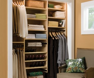 Womens Reach-In Closet